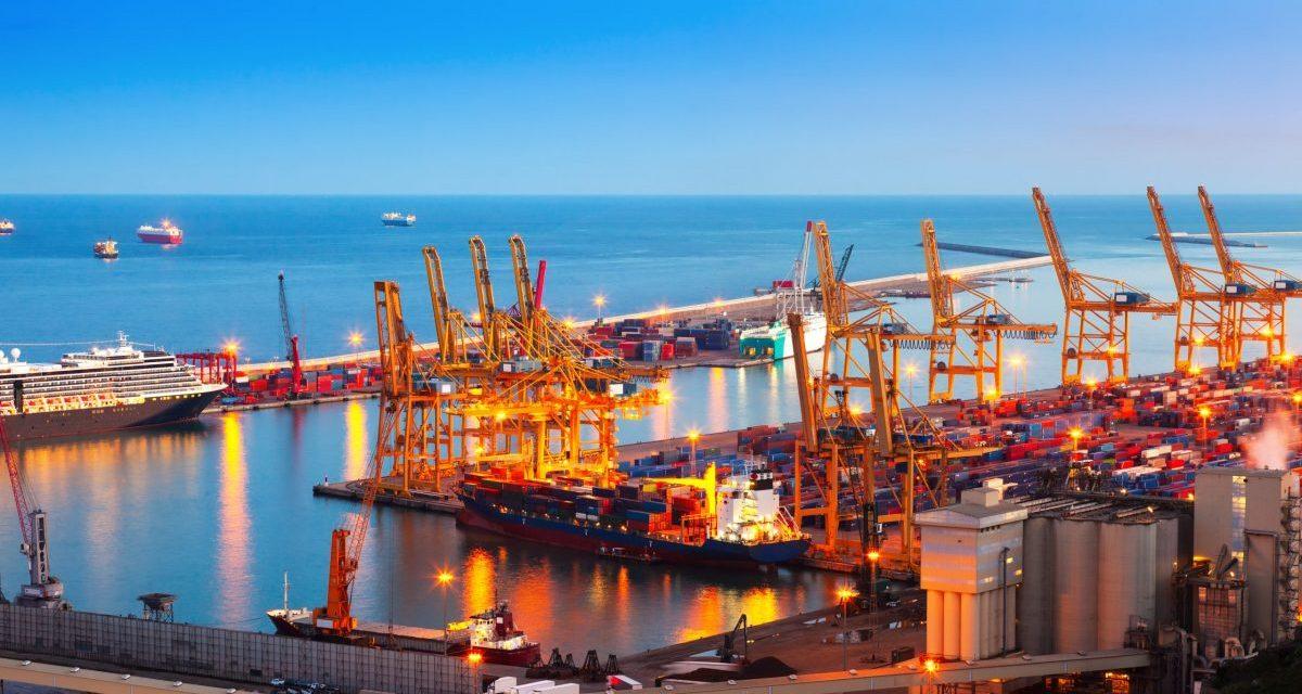 https://www.ubf-lex.it/wp-content/uploads/2021/10/industrial-port-de-barcelona-in-evening-scaled-e1633335207339-1200x640.jpg